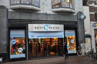 806acb2e9b2 Sport 'N Styles trekt binnenkort in bij Van Duivenboden Interieur op de  Ged.Oude Gracht.